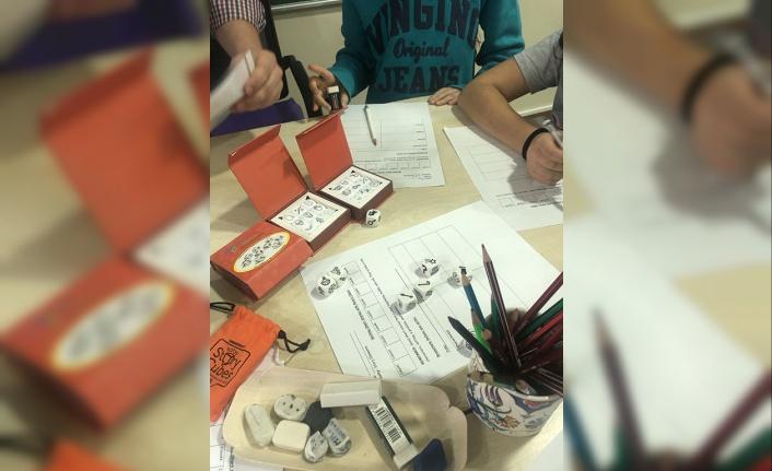 Yazmak gençlerde zekâyı geliştirmenin en kolay yolu