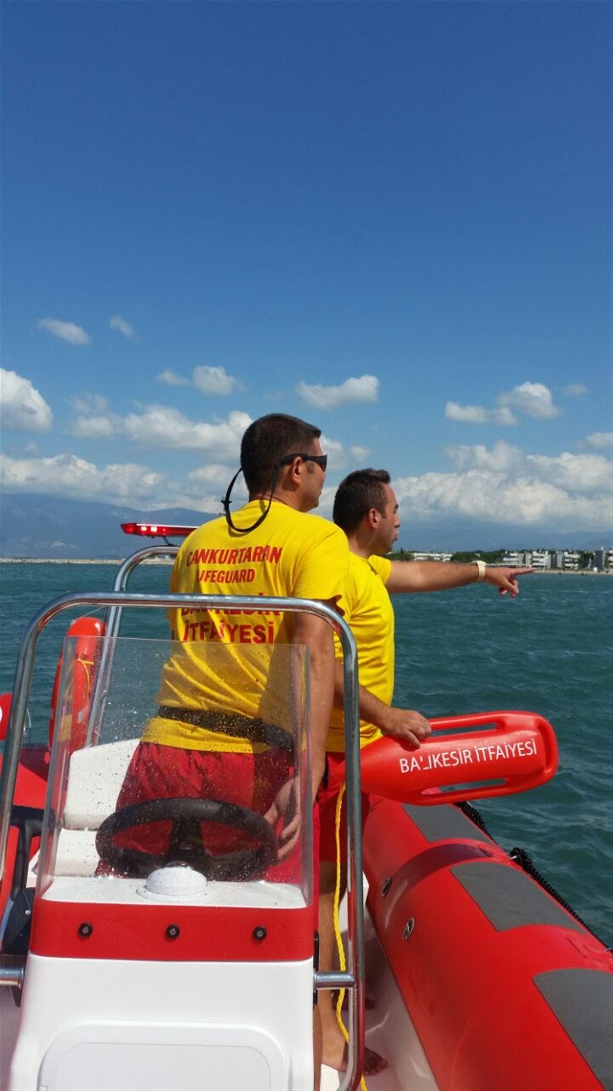Balıkesir'in plajları güvenli    Cankurtaranlar görev başında
