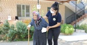 Yüreğir Belediyesinden evde bakım ve sağlık desteği