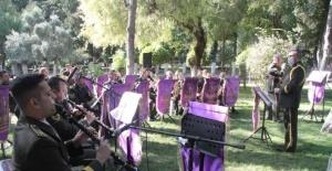 Hatay'da 6. Kolordu Komutanlığı Bölge Bando Komutanlığı konser verdi