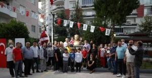Mezitli'de Atatürk büstlü sitelere bir yenisi daha eklendi