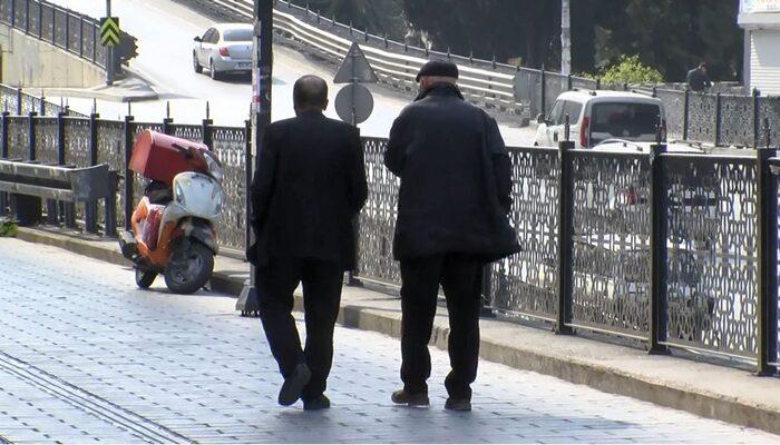 65 yaş üstü için 'hafta sonu sokağa çıksınlar' önerisi!
