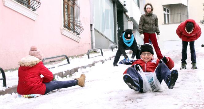 Adıyaman'da 2 ilçede eğitime kar engeli