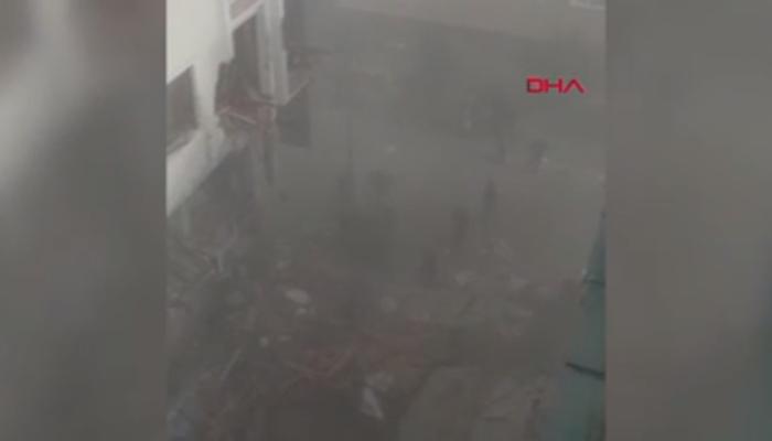 Bahçelievler'de binanın çökmesinin ardından yardım çığlıkları! O anlar kamerada