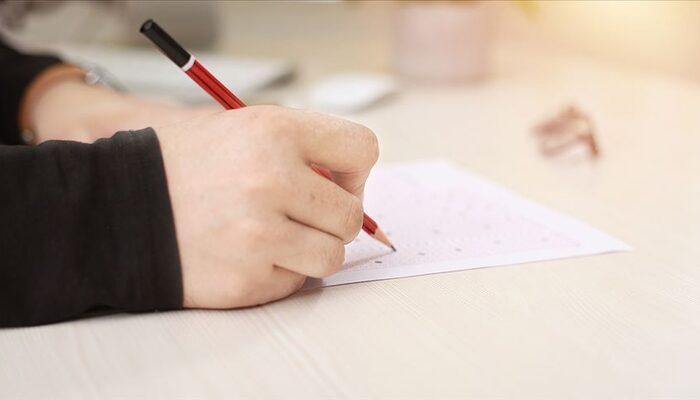 Bakan Selçuk duyurdu: O sınavlar da ertelenedi