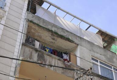 Balkonlardan gelen tehlike