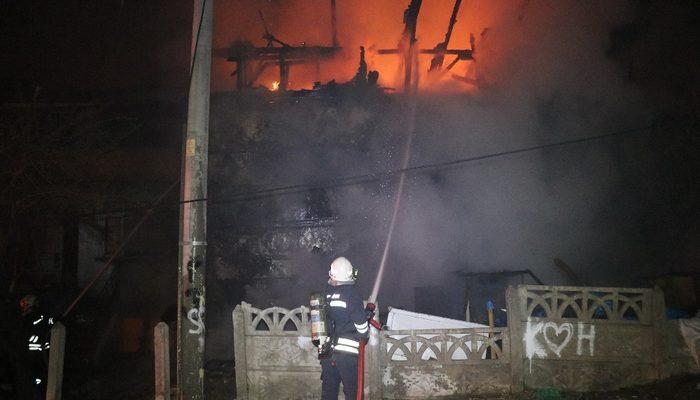 Bolu'da yangın paniği! 'Evleri boşaltın, ev yanıyor'