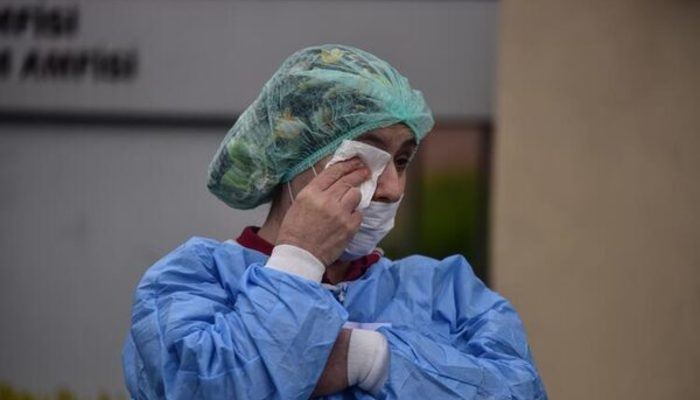 'Çapa'da 3 profesör koronavirüsten vefat etti' iddiasına ilişkin açıklama