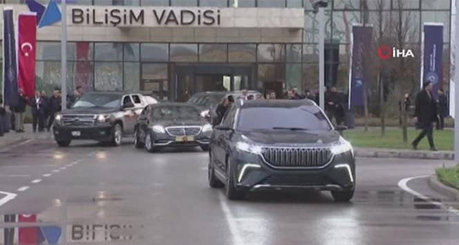 Cumhurbaşkanı Erdoğan, yerli otomobili kullandı