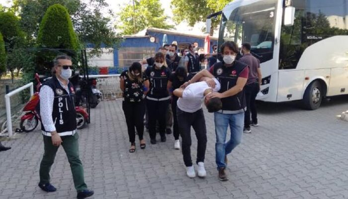 Denizli'de uyuşturucu operasyonu: 22 tutuklama