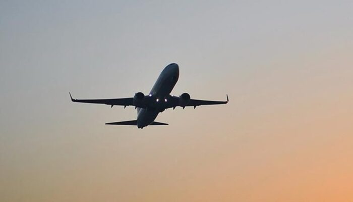 Dışişleri duyurdu: Uçuş yasağı olan 9 ülkedeki Türkler için flaş karar