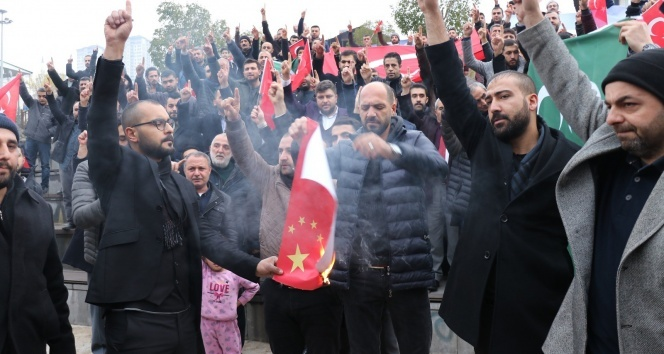Doğu Türkistan'daki zulüm protesto edildi
