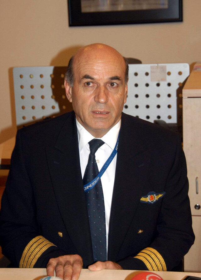 emekli-pilot-altinbulak-koronavirus-nedeniyle-hayatini-kaybetti_1679_dhaphoto1