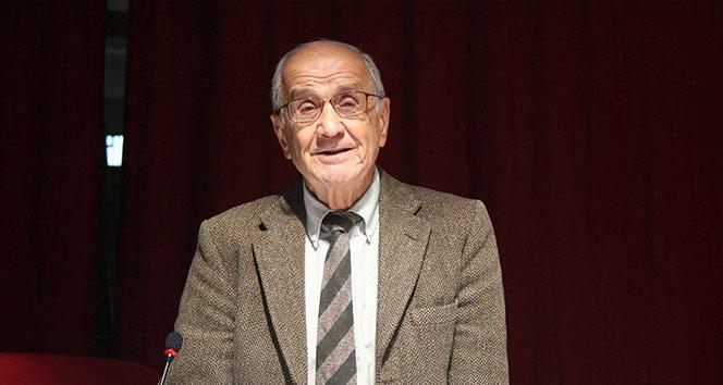 Eski Dışişleri Bakanı ve Anayasa Profesörü Mümtaz Soysal, hayatını kaybetti