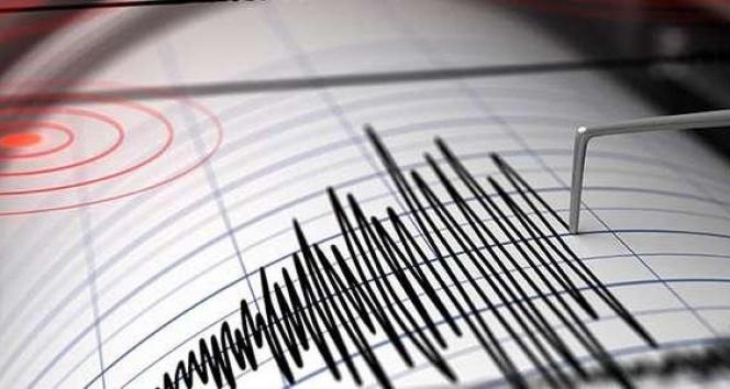 Girit Adası'nda 4.9 şiddetinde deprem