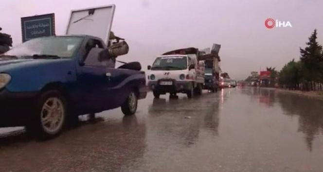İdlib'de 2 ayda 283 bin sivil evlerini terk etti