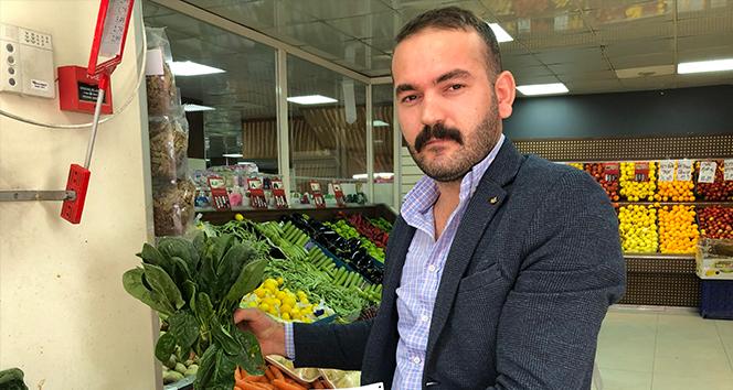 İhlas Haber Ajansı Esenyurt'ta ıspanağın satın alındığı iddia edilen marketçi konuştu