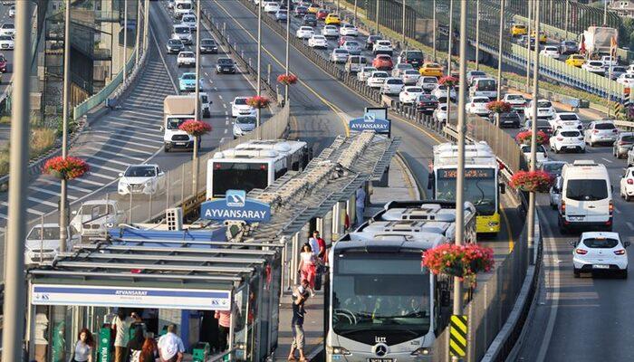 İstanbul'da toplu ulaşımda yüzde 59'luk 'koronavirüs' düşüşü