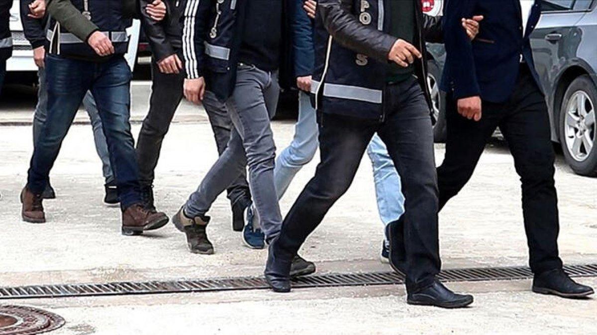 İstanbul merkezli 33 ilde FETÖ operasyonu: 74 gözaltı #1
