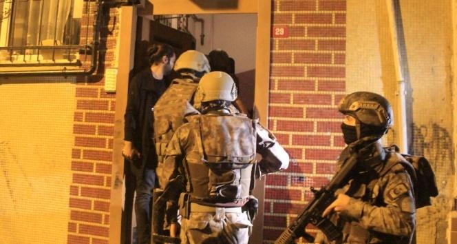 İstanbul polisinden 2019'da terör örgütlerine darbe: 950 operasyonda 11 kiloya yakın patlayıcı bomba ele geçirildi
