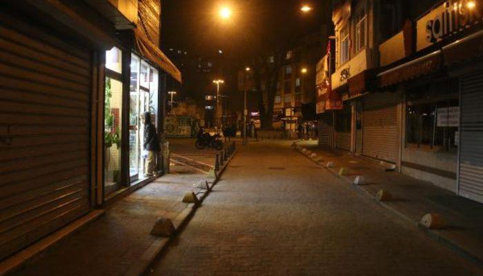 İstanbullular yasak başlamadan evlerine çekildi