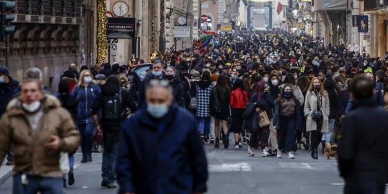 İtalya'da son 24 saatte 52 kişi Kovid-19'dan hayatını kaybetti
