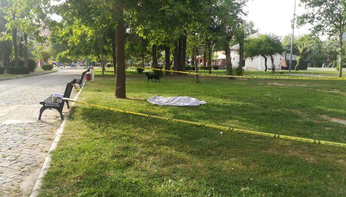 İzmir'de korkunç olay! Parkta erkek cesedi bulundu