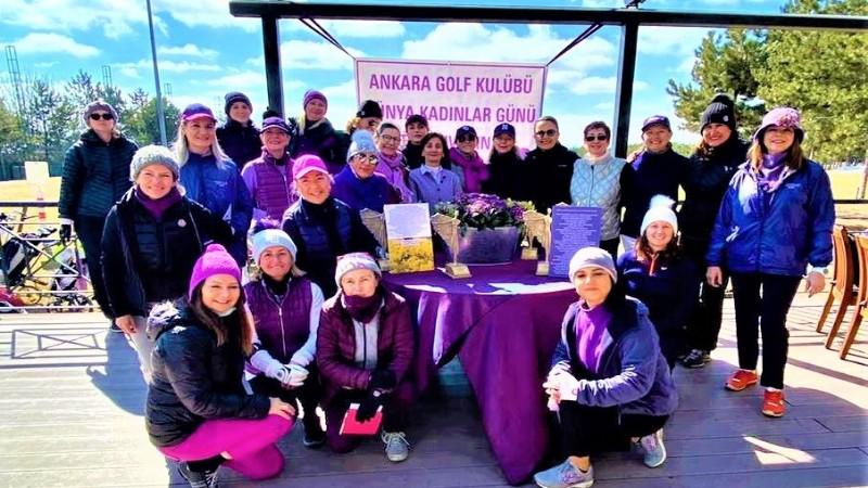 Kadınlar golf turnuvasında buluştu