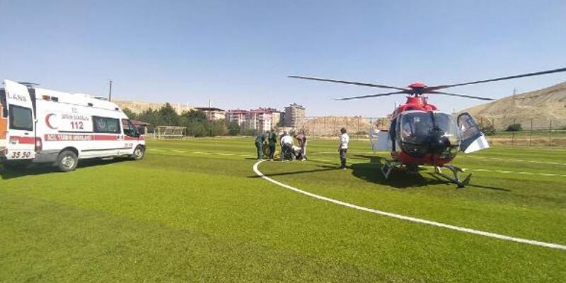 Kalp krizi geçiren kadın, ambulans helikopterle hastaneye ulaştırıldı