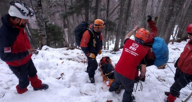 Kayıp dağcıların cesetleri Bursa'ya getirildi