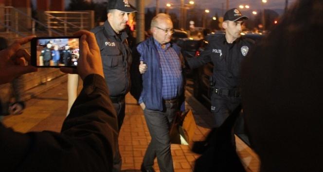 Kendisini MHP Genel Başkan Yardımcısı olarak tanıtıp, Kocaeli Adalet Komisyonu Başkanı'nı kandırmaya çalıştı