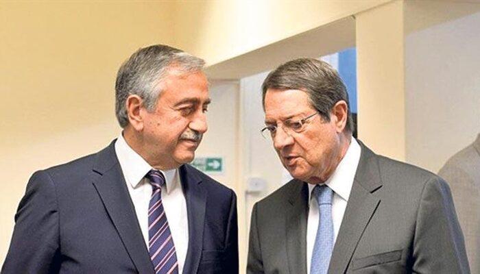 KKTC Cumhurbaşkanı Akıncı, Rum lider Anastasiadis ile telefonda görüştü