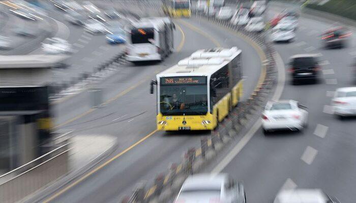 Koronavirüs nedeniyle İstanbul'da toplu ulaşımı kullanma oranı yüzde 17 azaldı