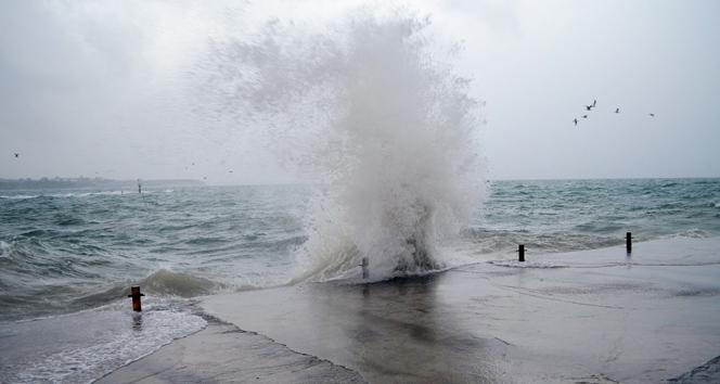 Kuzey ve Kıyı Ege'de fırtına bekleniyor