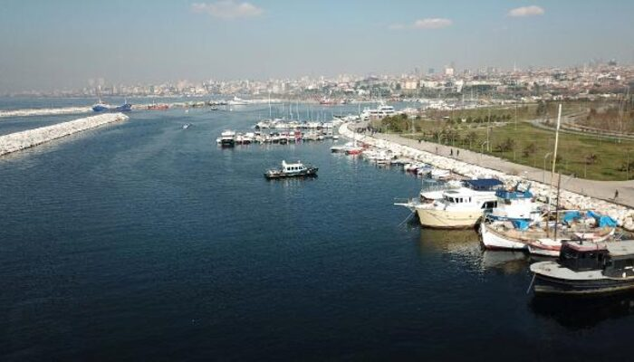 Maltepe'deki marina boşaltılıyor