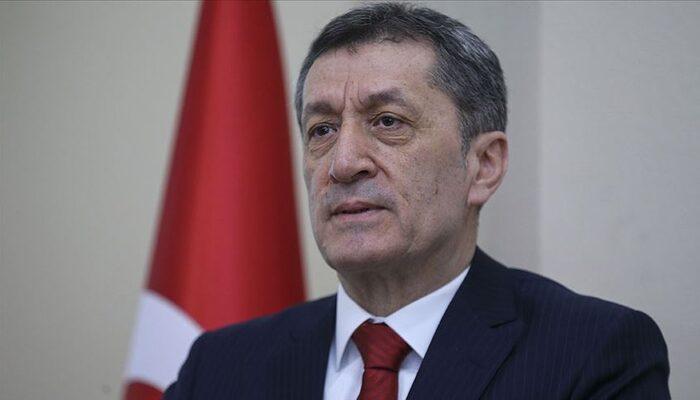 Milli Eğitim Bakanı Ziya Selçuk'tan uzaktan eğitim bilgilendirmesi