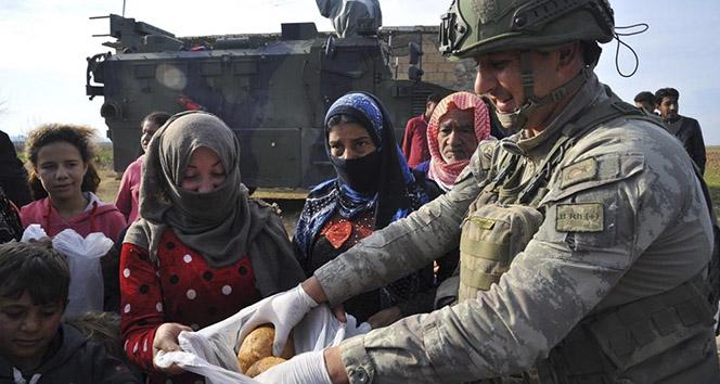 MSB: 'Mehmetçiğin günlük ekmek dağıtımı devam ediyor'