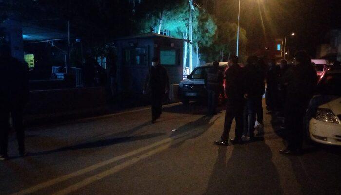 Polise mukavemette bulunan grup gözaltına alındı