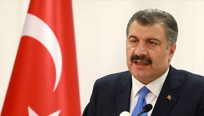 Sağlık Bakanı Fahrettin Koca acı haberi verdi! Türkiye'de koronavirüsten ilk ölüm