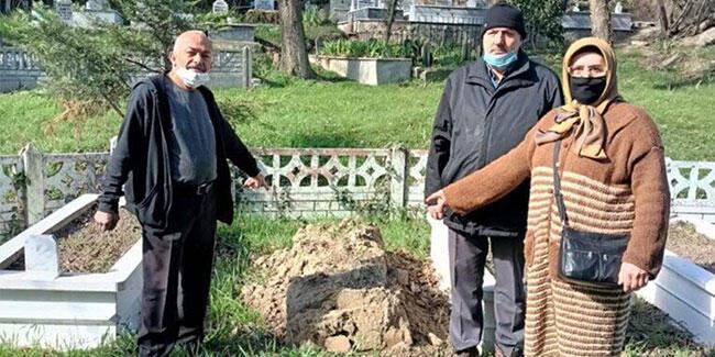 Sakarya'da hırsızlar mezar taşı çaldı