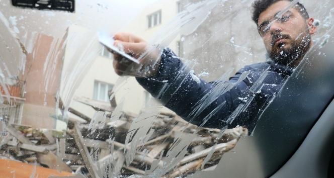 Sivas'ta soğuk hava, kar ve sis etkili oldu