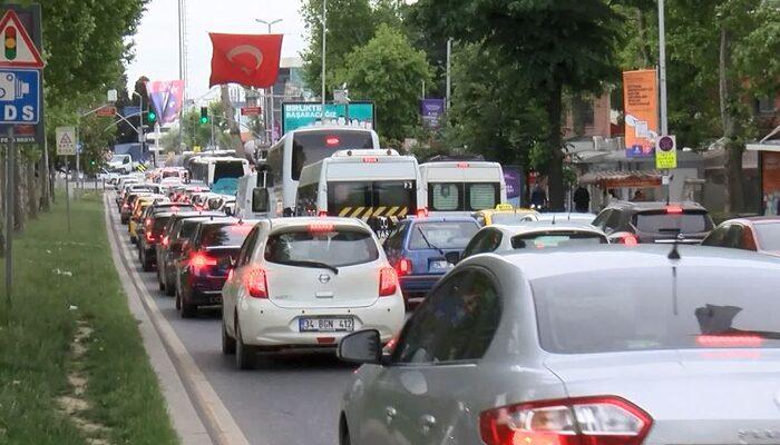 Sokağa çıkma yasağı sonrası İstanbul'da toplu ulaşım ve trafikte yoğunluk