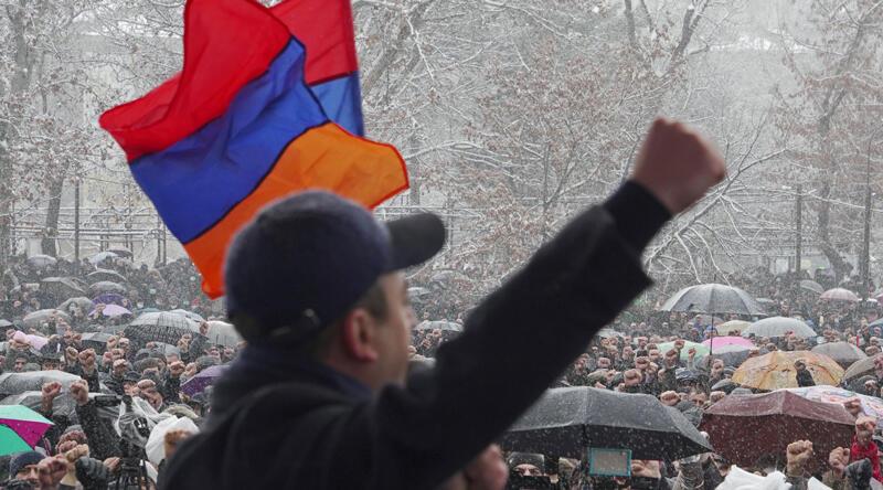 Son dakika... Ermenistan'daki olaylara ilişkin Rusya'dan ilk açıklama