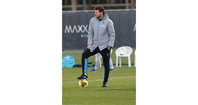 Süper Lig'in en genç teknik adamı Hüseyin Çimşir