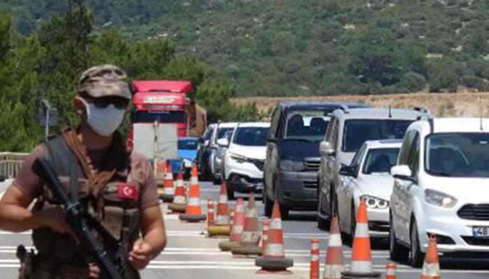Tatilciler Bodrum'a akın ediyor! Önlemler artırıldı