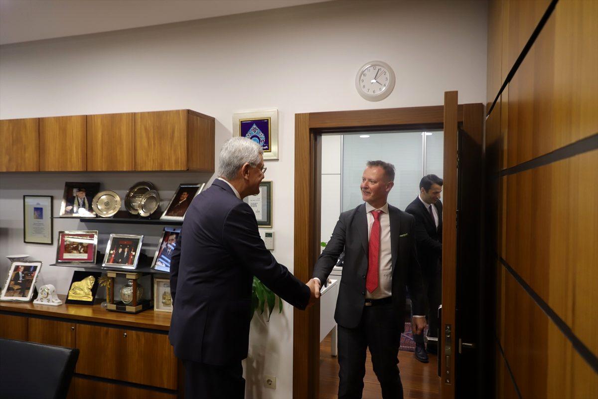 TBMM Dışişleri Komisyonu Başkanı Bozkır, Finlandiya Büyükelçisi ile görüştü