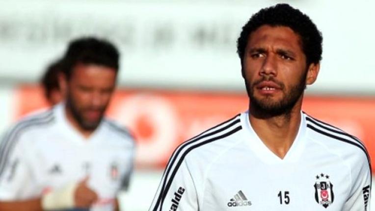 Kiralık sözleşmesi biten Mohamed Elneny, Beşiktaş'tan ayrıldığını sosyal medyadan duyurdu