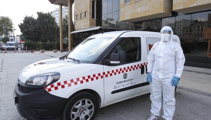 Adana'da 'Pozitif Taksi' göreve başladı