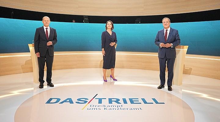Almanya'da başbakan adayları TV tartışmasına çıktı: Kazanan Scholz