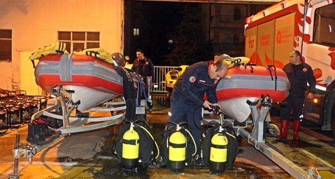 Antalya'da 'kırmızı kod' uyarısı için gece nöbeti başladı